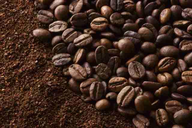 焙煎度の深いコーヒー豆