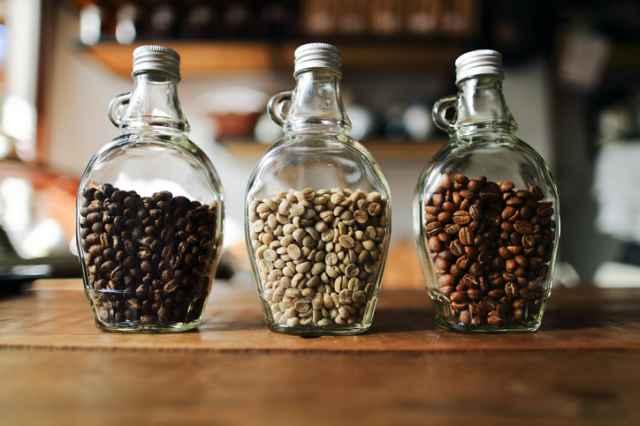 焙煎深度の異なるコーヒー豆