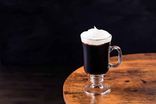 アイリッシュコーヒーの飲み方