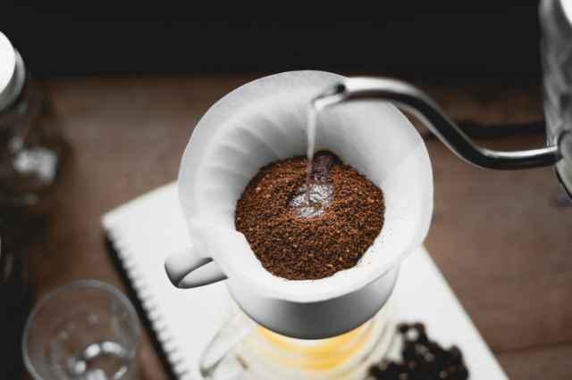 中煎りコーヒーを淹れる