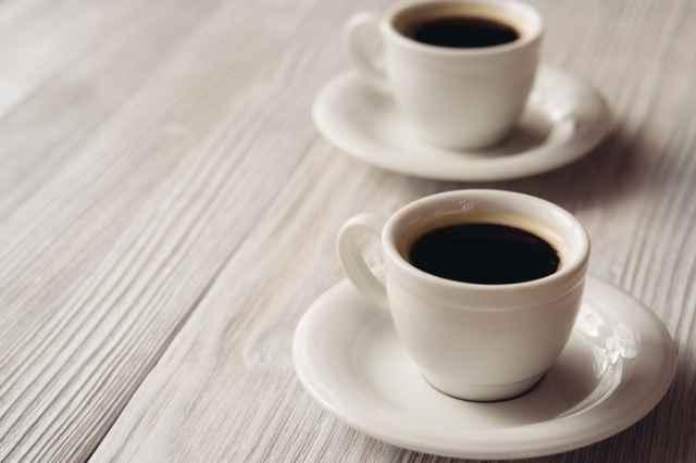 2杯のコーヒー