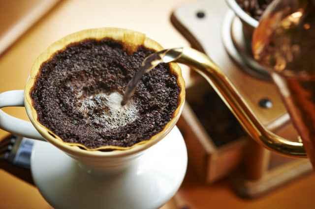キリマンジャロコーヒーを淹れる