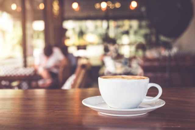 コーヒーチェーン店