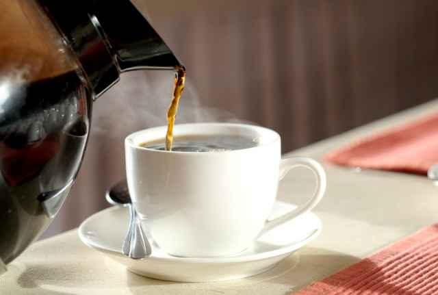 浅煎りコーヒーを淹れる