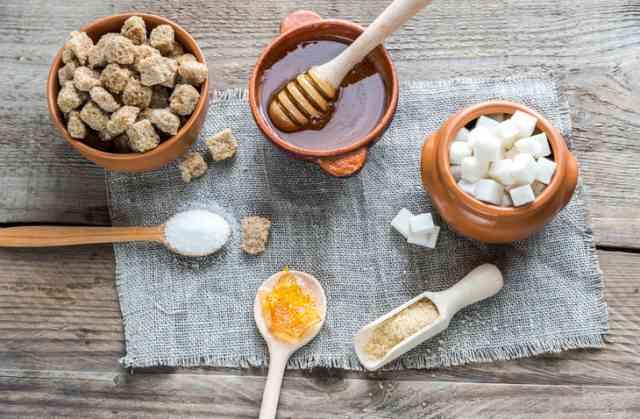 蜂蜜と砂糖