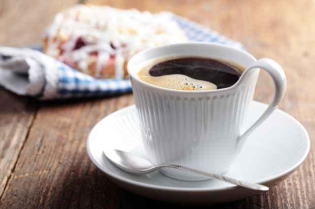 一杯のブラックコーヒー