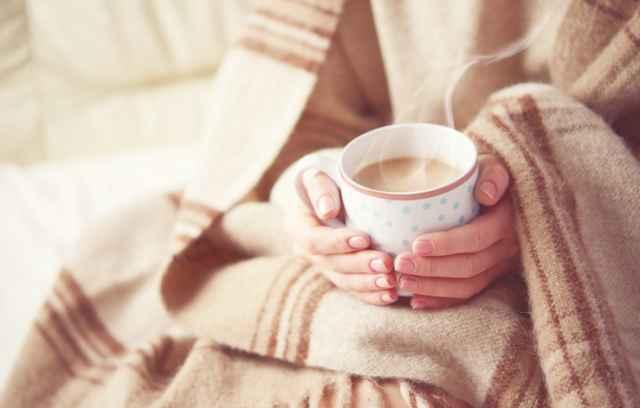 コーヒーでリラックスする人